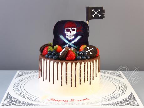 торты фото пиратские