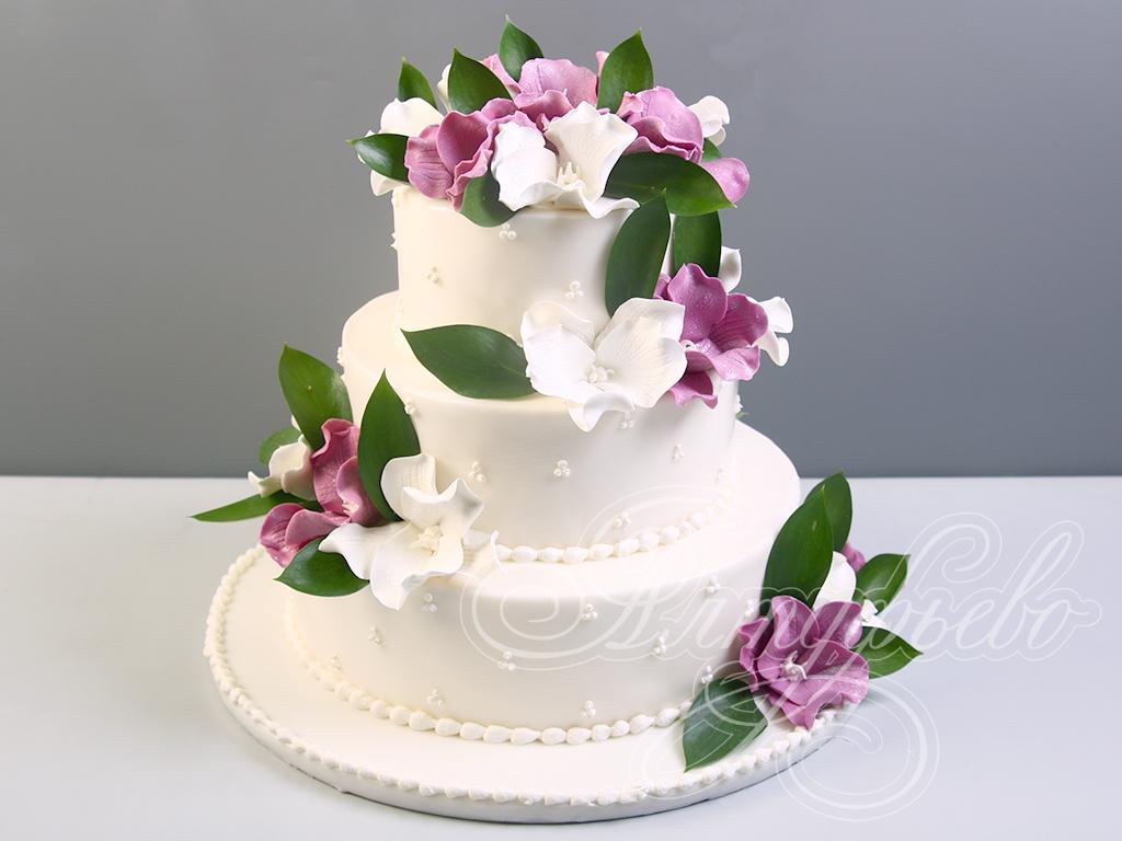 Свадебный торт «Двое в цветах»