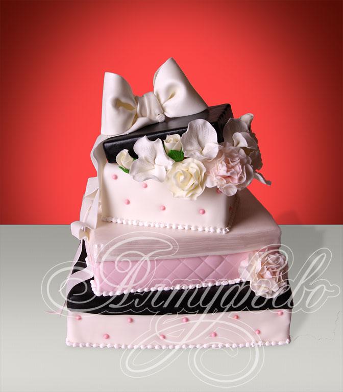 Торт «Мы вас любим»